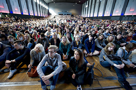 Record number apply for higher education