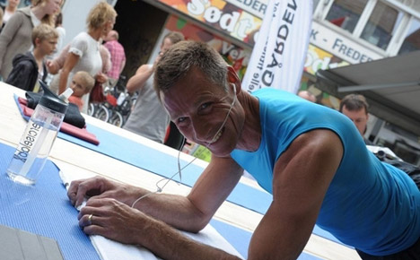 Plank champ needs help to set new record