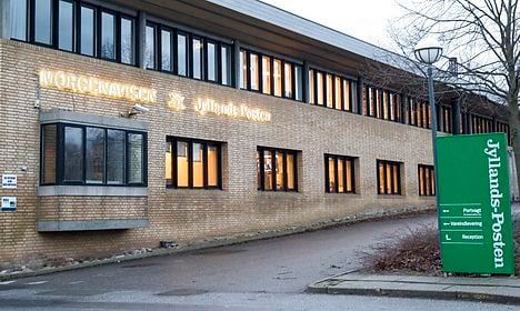 Three arrested with fake guns at Jyllands-Posten