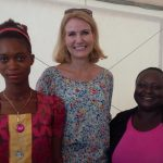 The PM also met with 16-year-old Isatu, a local Ebola survivor.Photo: Helle Thorning-Schmidt's Facebook