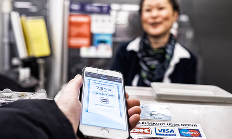 Danish supermarkets allow paying by phone