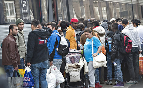 PM calls for Denmark to unite to help refugees