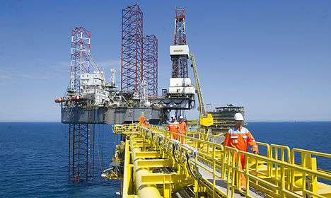 Maersk Oil to cut 1 in 10 jobs amid price slump