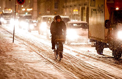 Thursday's snowfall made for a rough morning commute. Photo: Bax Lindhardt/Scanpix