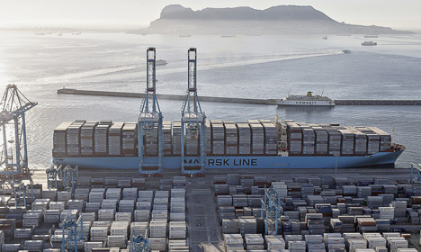 Maersk to mull splitting group under new CEO