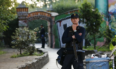 Two police officers, one civilian shot in Christiania