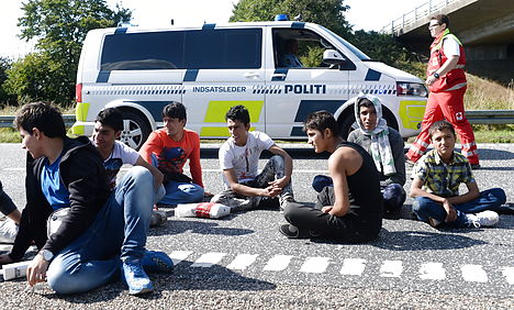 Denmark seizes thousands in cash from migrants