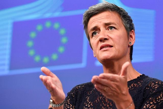 Angry Apple takes swipe at 'Dane of the Year' Vestager