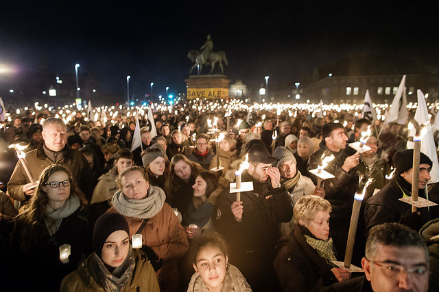 IN PHOTOS: Thousands of Danes show support for Aleppo