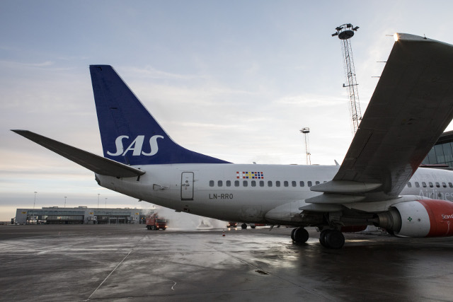 SAS plans new bases in Ireland and London to match low-cost rivals