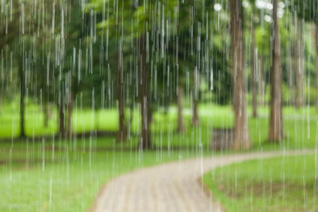 More wet weather: meteorologist advises Danes to swap festivals for 'a ticket south'