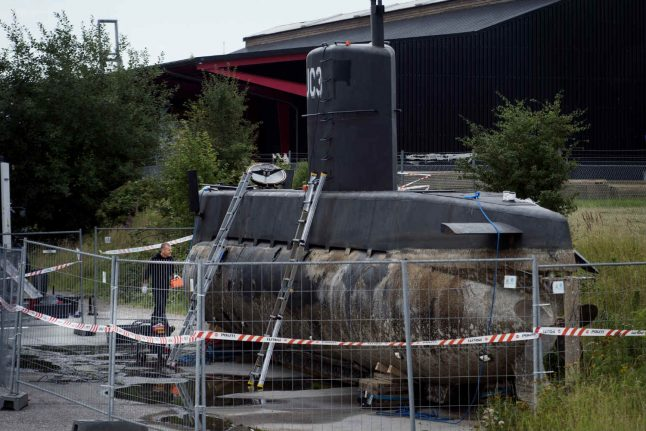 Danish police scan submarine for hidden compartments