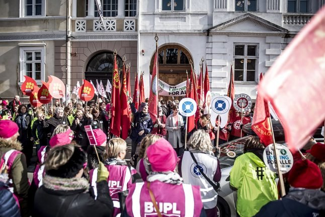 Lockout looms with no agreement between Danish unions, authorities