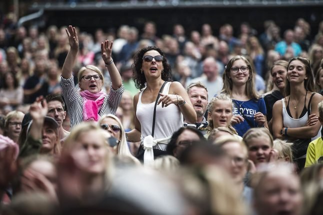 Danish festival to allow smoking despite dry conditions