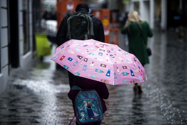 Rain to replace Danish sun and summer this weekend