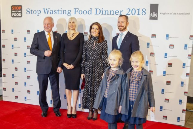 Danish princess eats meal made from surplus in dinner against food waste