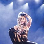 Miley Cyrus wears Danish 'student cap' at Odense concert