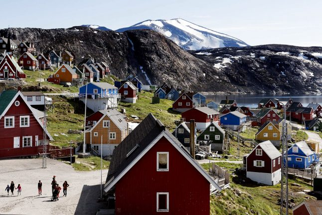 Danish firefighters to help tackle blaze in Greenland