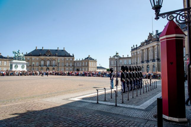 Danish royal palace square to be closed to traffic in anti-terror measure
