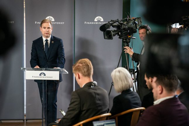 Danish government makes welfare, climate pledges in 2020 budget proposal