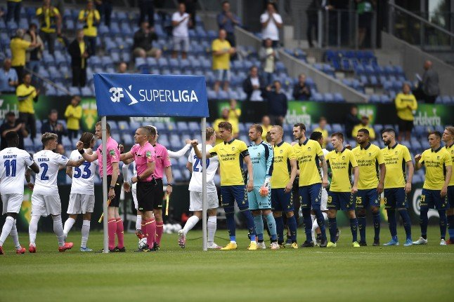 Danish premier league final to be played in front of full crowd